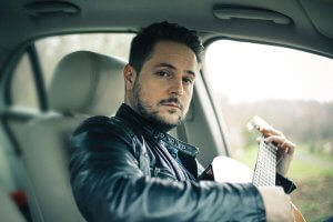 Juraj Zaujec-gitara v aute